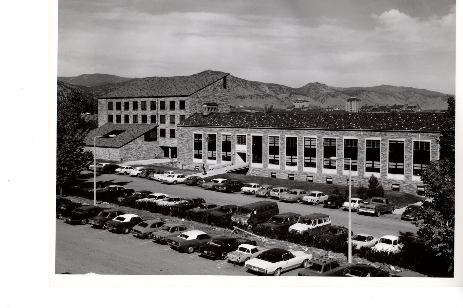 Fleming Law Building, located on the opposite end of campus from the previous three buildings, housed the law school from 1959 to 2006. In 1974, the West Classroom Office Tower and Rothgerber Memorial Library were added.