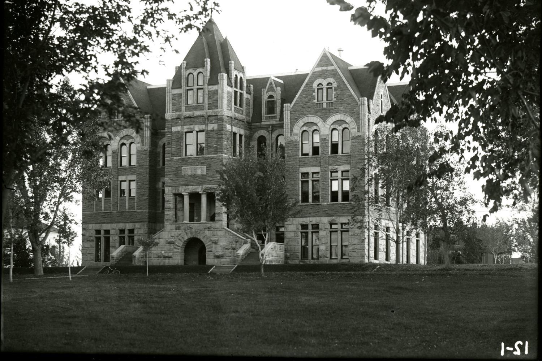 Hale Science Building, 1894–1909.