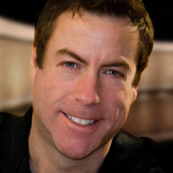 Portrait photo of Kevin Crowe