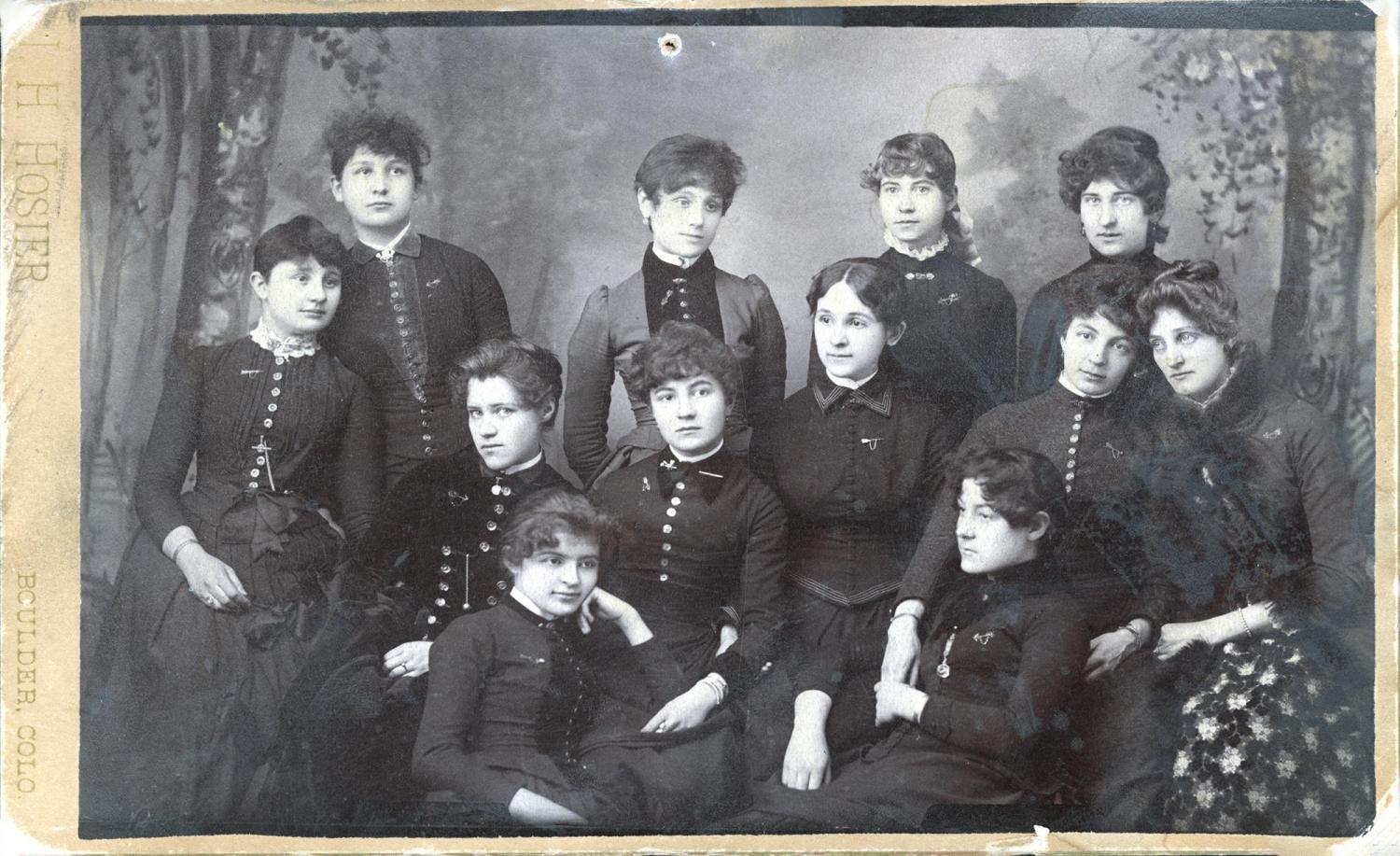 his image from the A. A. and Laurence Paddock collection is of the 1914 Pi Beta Phi Chapter.