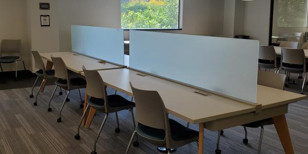 Business library study spaces