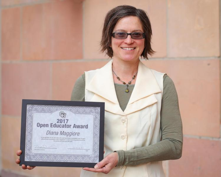 Diana Maggiore, the first recipient of the Open Educator Award in 2018