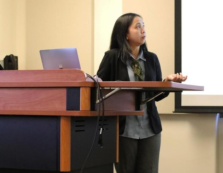 Fellow Eva Danayanti describes the concept of Jendhela during her presentation in April.