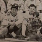 Thomas Masashi Kawamata with baseballl team