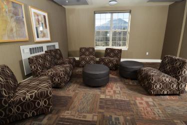 Bear Creek lounge