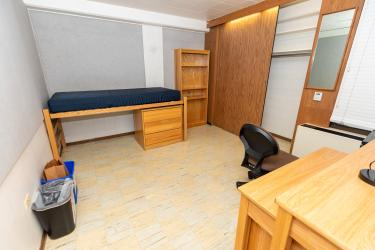 Stearns West Single Room