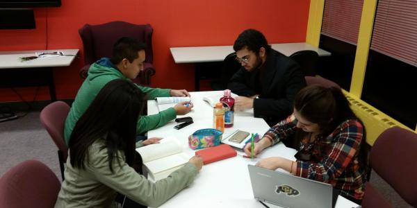 MASP students studying