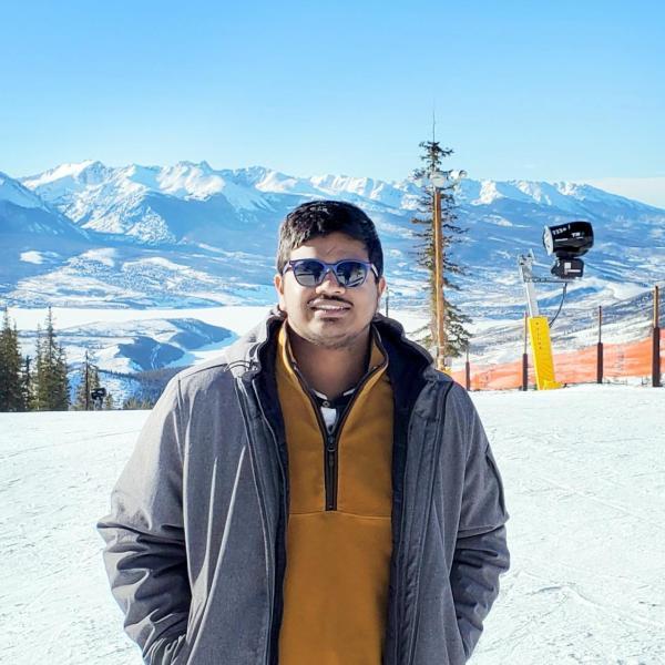 Vivek Manepalli