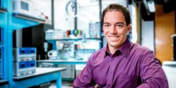 Mark Rentschler in lab