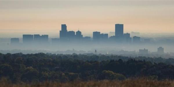 Smog blankets sky