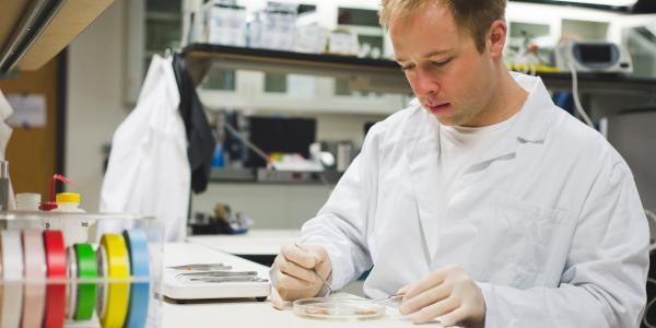 Student working in the ME Advanced Medical Technologies Laboratory.