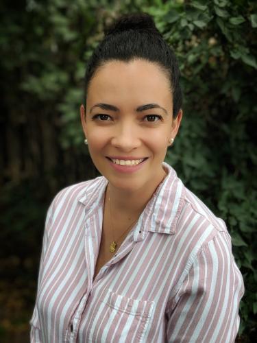 Marina Vance headshot