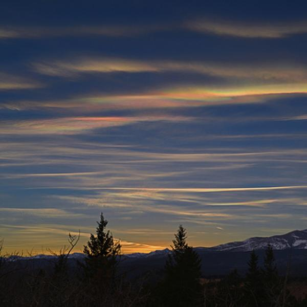 Nacreous clouds over the Arapaho Peaks