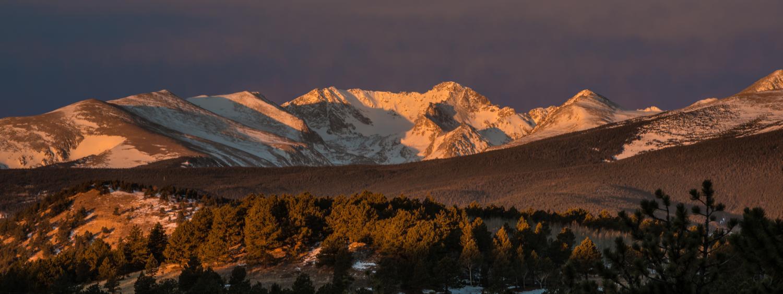 Arapaho Peaks sunrise