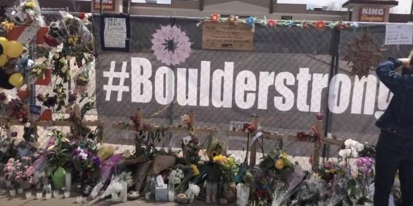 Banners and memorials at King Soopers