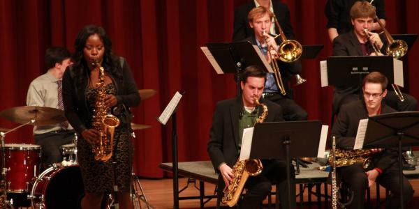 Jazz Alumni Tia Fuller on Stage with Students