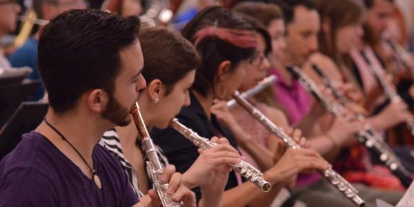 flute students rehearsing