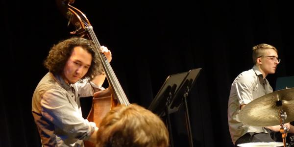 jazz bass player in concert