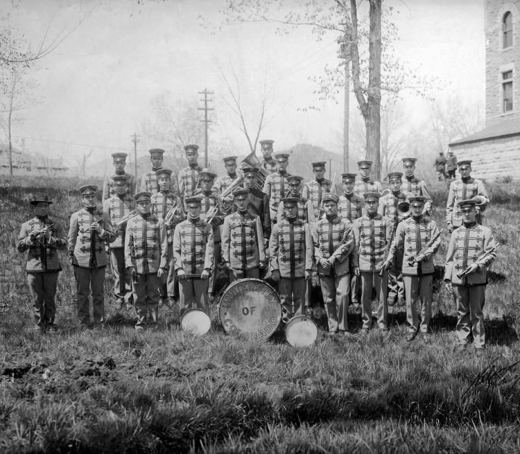 marching band in 1909