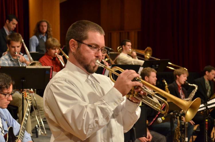 josh reed performing