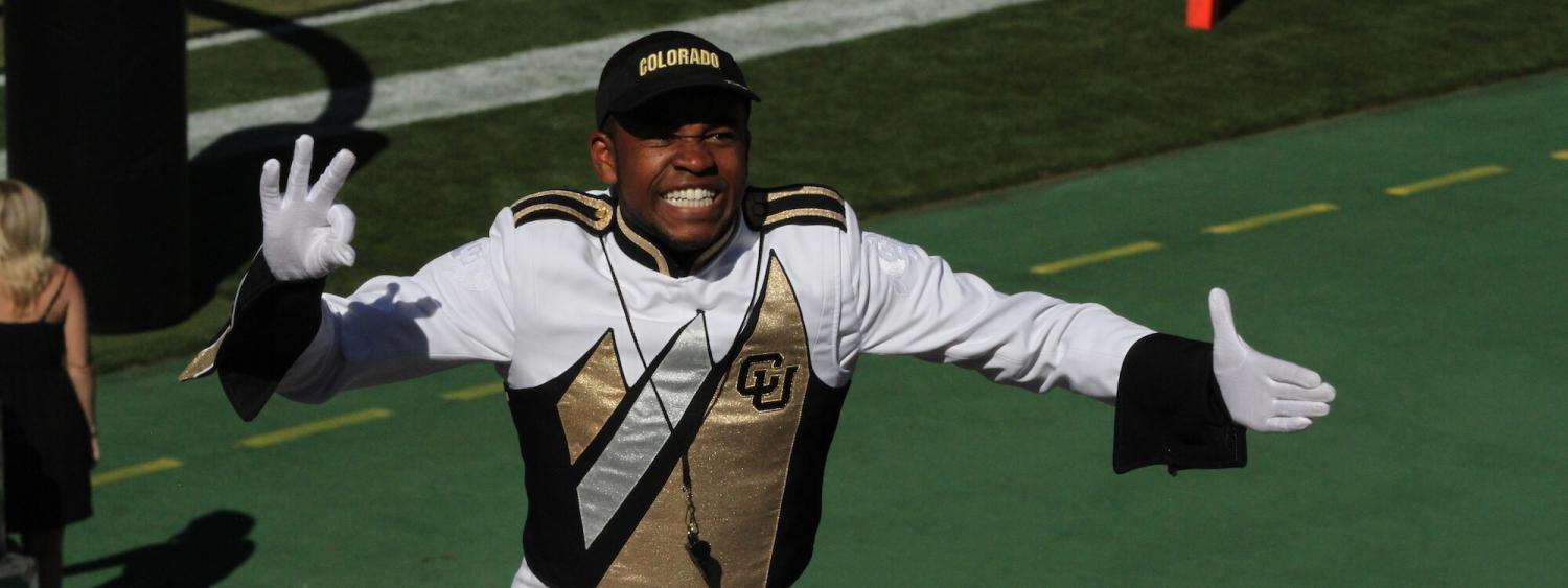 drum major directing marching band