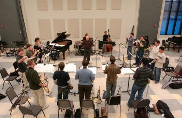 Dean Davis conducting (2005)