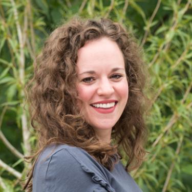 Portrait of Allison Fischer