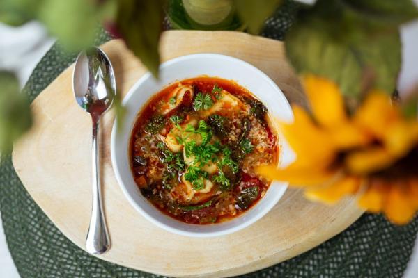torteliini soup