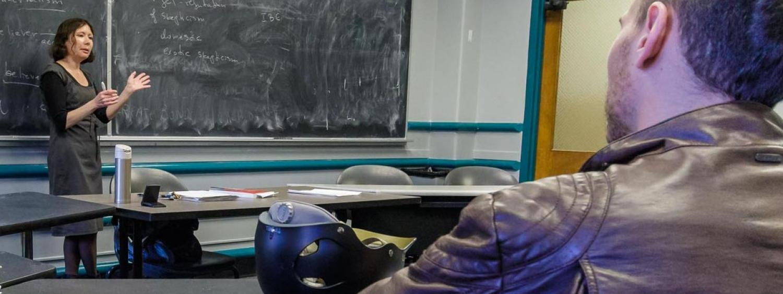Professor Iskra Fileva in seminar