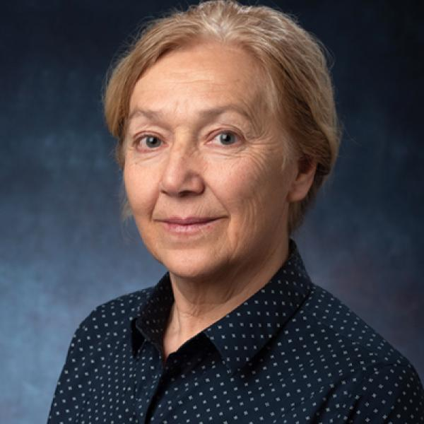 Anna Hasenfratz Portrait