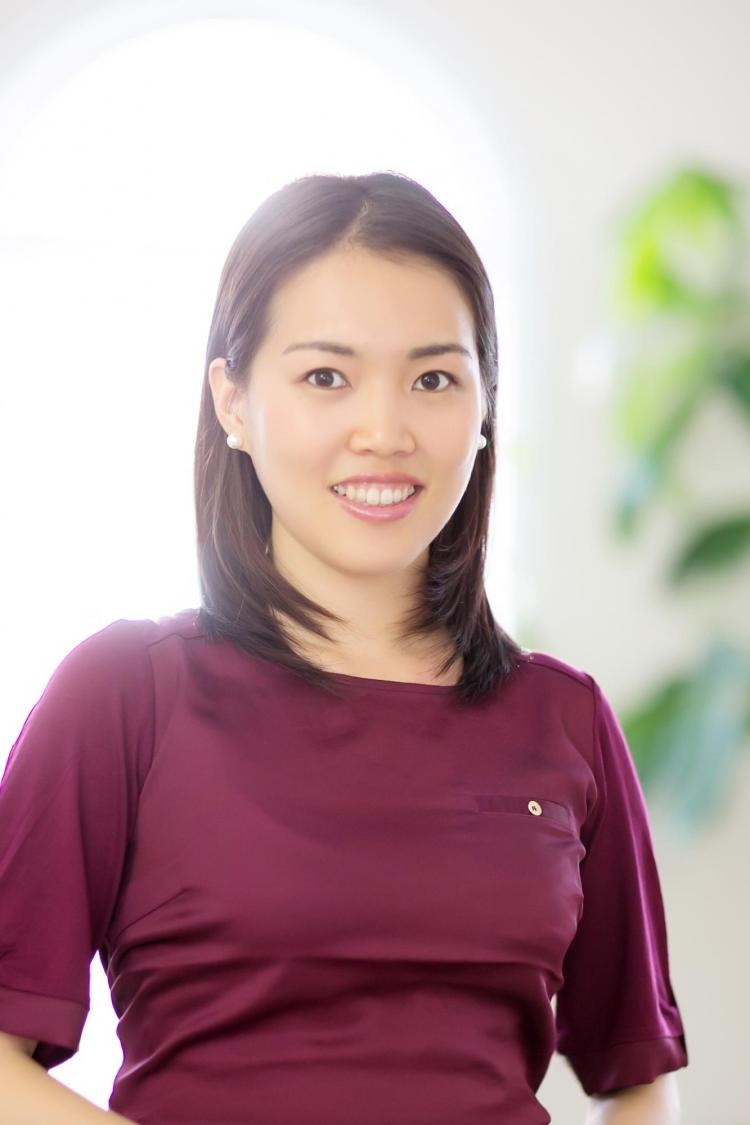 Dr. Clara Park