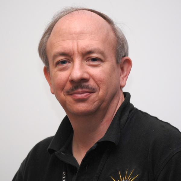Dr. Robert MacDowall photo