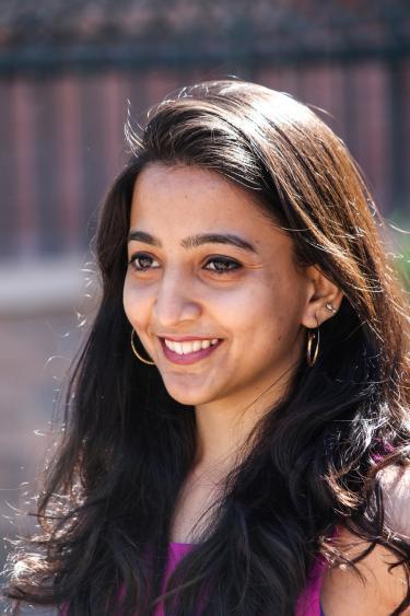 Nivedita Mahesh photo