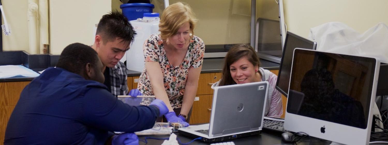 Heidi Day lab class