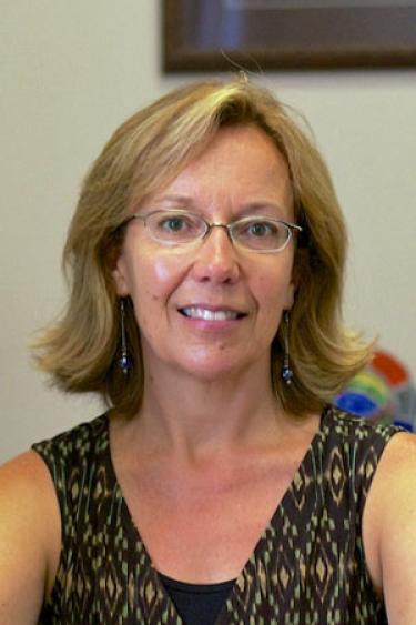 Theresa Hernández