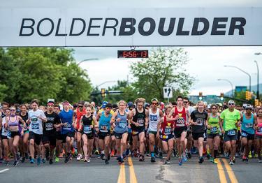 BolderBoulder running on Boulder streets