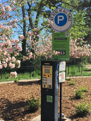 Photo of Parking Pay Station with Parkmobile Sign