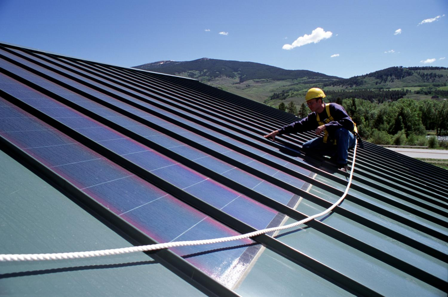 Does anyone have any online credited renewable energy course recommendations?