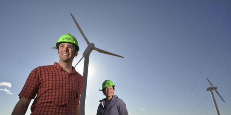 Students and wind turbines
