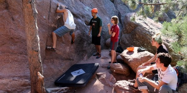 Group of students bouldering at Flatirons
