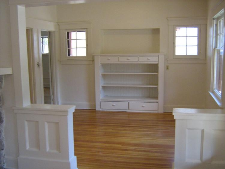 1429 Grandview Avenue living room