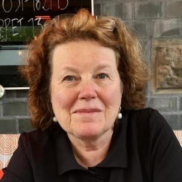 Professor Leslie Leinwand