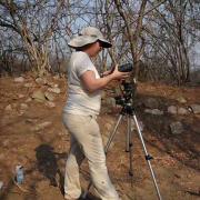 Jane shooting spherical photography at Cerro de la Virgen. / Jane tomando fotografía esférica en Cerro de la Virgen.