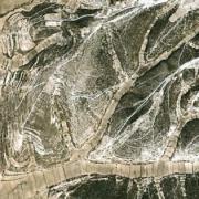 Google Earth image of lama bordo terracing in Nochixtlán. / Imagen Google Earth de las terrazas lama bordo de Nochixtlán.