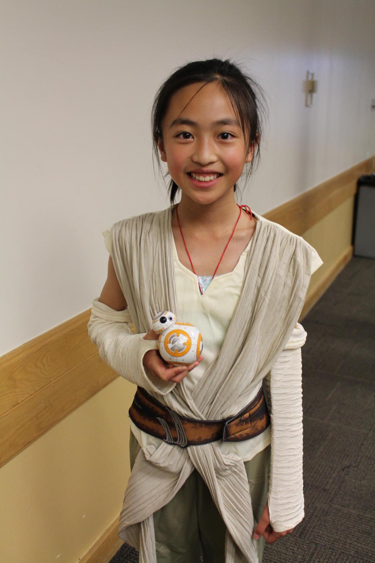 girl with BB8