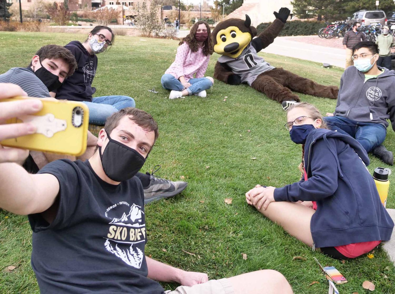 Students with chip wearing masks