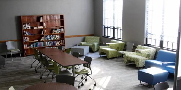 Hellems Study space has multiple tables and chairs