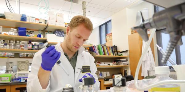 Grad student in lab