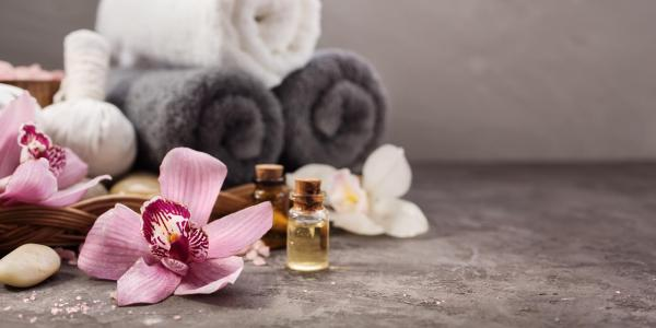 Massage towel and aromatherapy