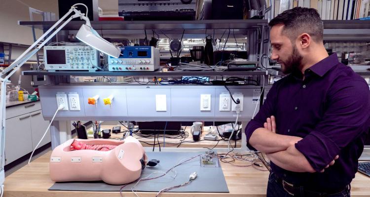 Mark Rentschler next to Endoculus device